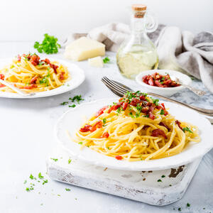 italian-pasta-carbonara-A9LNP8K